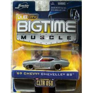 Dub City Big Time Muscle Gray 69 Chevy Chevelle SS 164 Die Cast Car