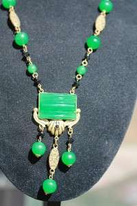 VINTAGE ANTIQUE ART DECO NOUVEAU CZECH JADE JET GLASS NECKLACE ME1