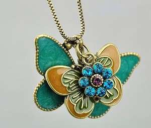 4315 New Fashion Jewelry Womens Retro Butterfly Pendant Long Necklace
